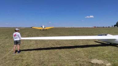 Sounds Of A Gliding Championship (Binaural)